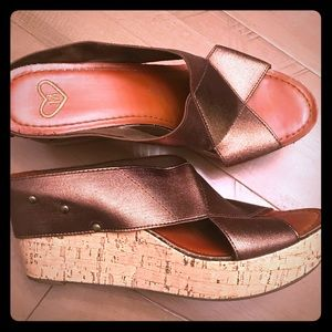 Madeline bronze thick stretchy strap wedge sandal